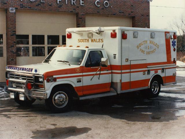 Ambulance | Define Ambulance at Dictionary.com